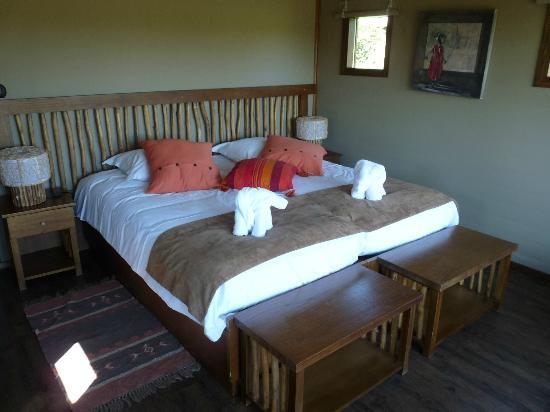 chambre avec vue sur la picture of les lodges du pal dompierre sur besbre tripadvisor. Black Bedroom Furniture Sets. Home Design Ideas