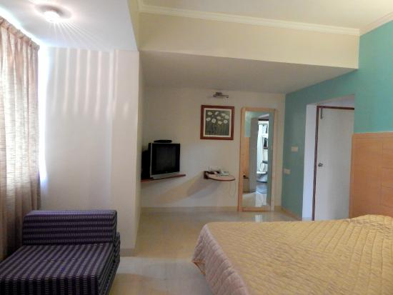 Hotel Raviraj Pune: Junior Suite