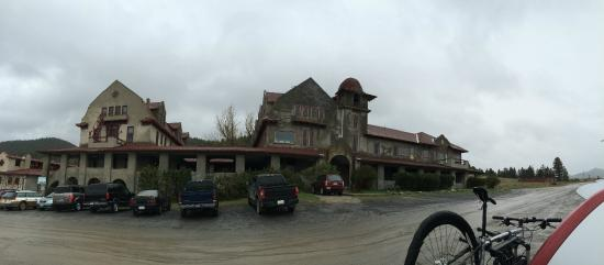 Boulder Hot Springs Inn and Spa : Stanley Kubrick would have lovely this place!