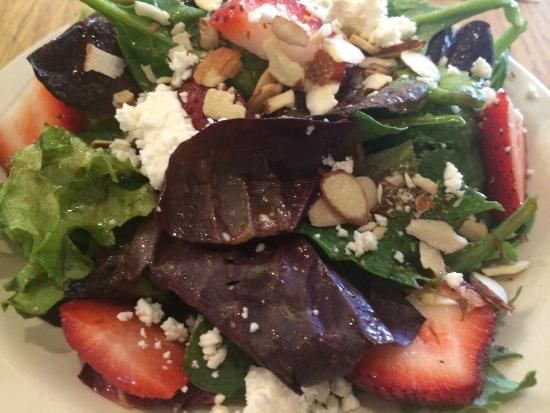High's Cafe and Store: House Salad!!!!