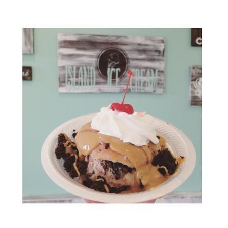 Doughnut sundae from Island Ice Cream