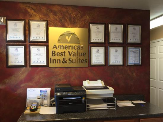 Americas Best Value Inn & Suites-University: Member of outstanding 500 Club Award Winner