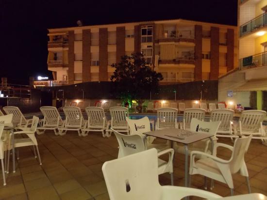 Hotel La Palmera: binnenplaats
