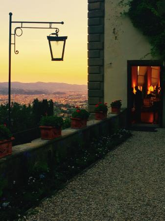 La Loggia Restaurant: The view from the garden back toward Florence & restaurant doorway