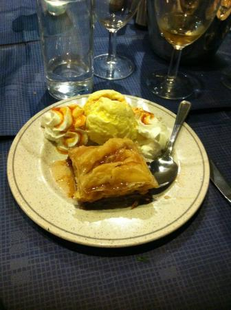 Christo's Greek Taverna: Baklava :)
