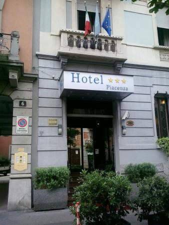 Hotel Piacenza: esterno