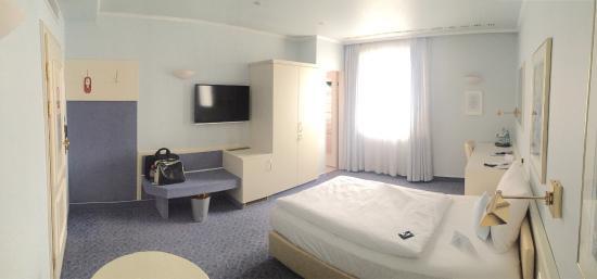 Front of hotel - Bild von Novum Hotel Post Aschaffenburg ...