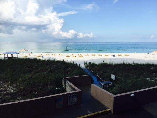Hidden Dunes Condominiums : The view from the balcony.