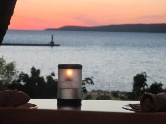 Palette Bistro : sunset view