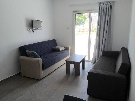 Rio Gardens Living Room