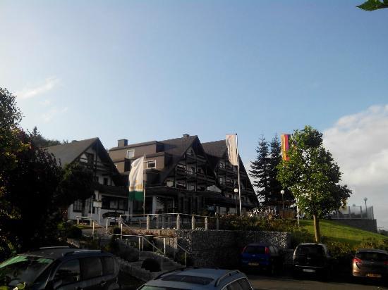Schlosshotel Sophia: Onder het linkse puntdak, licht het beschreven appartement
