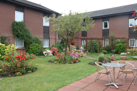 Chichester Park Hotel: внутренний двор