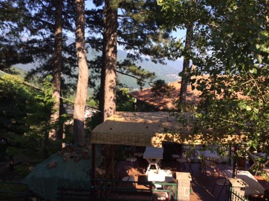 Albergo Ristorante Monte Piella: View of the patio from my room.