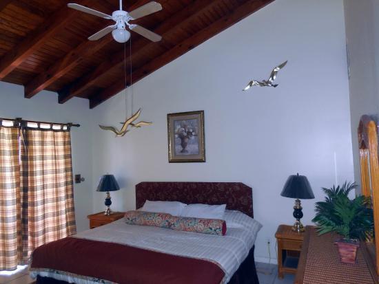 Dundee Bay Villas: Bedroom/Deluxe 3-bed Townhouse - 2 Stories