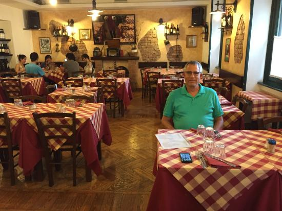 Miseria & Nobilta : Excellent place with reasonable prices