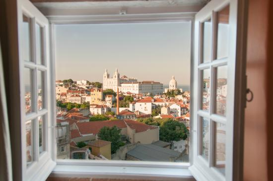 Palacio Belmonte: Good morning Lisbon!