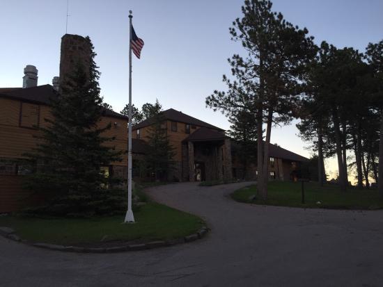 Sylvan Lake Lodge