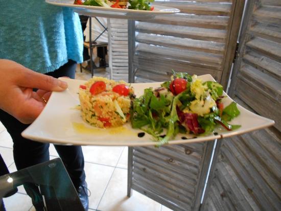 Triologie d 39 olives photo de la figuiere caromb for Restaurant caromb