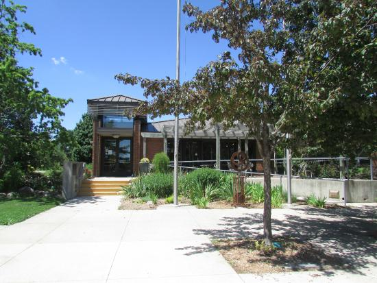 Iowa Arboretum: Main Building