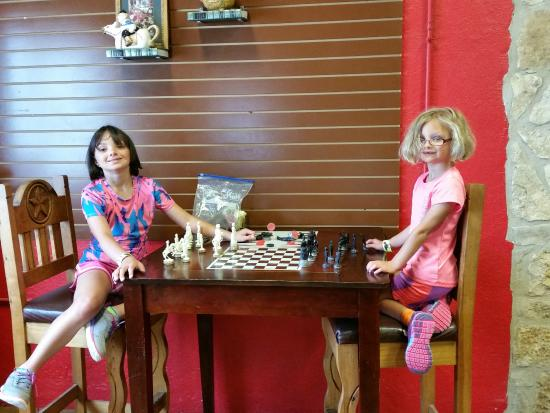 Storiebook Cafe: Chess anyone?