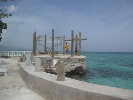 Seagarden Beach Resort New Palapa Being Built