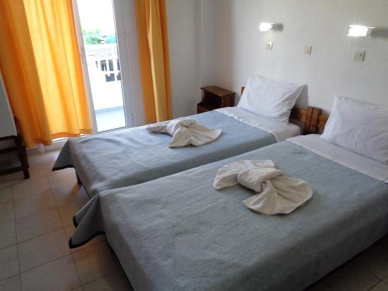 Rodon Hotel : The room