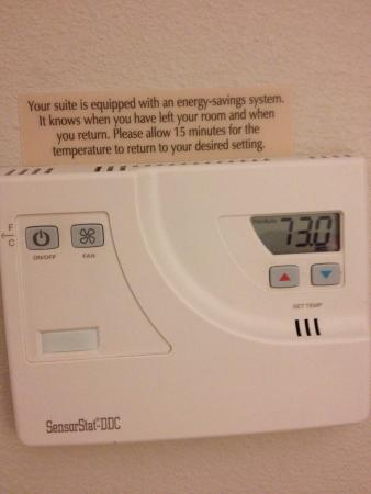 Candlewood Suites Mcalester: It was only 90 degrees outside and warm every time I walked in - great for the hotel's electric