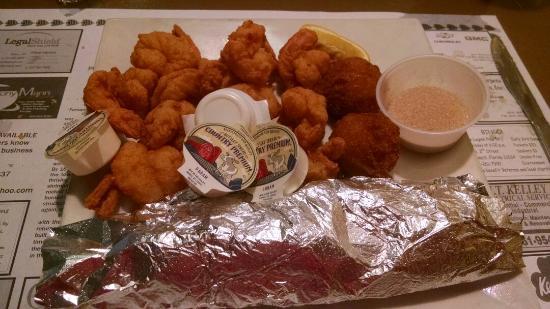 Marina Seafood Restaurant: Always great seafood. Chicken, too.