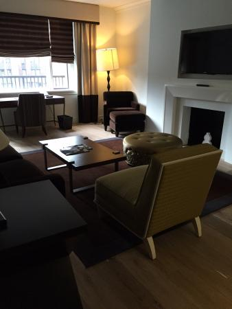 The Tuscany - A St Giles Signature Hotel: Living room