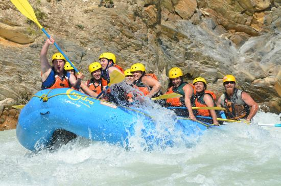 Hydra River Guides: Ride the Rapids