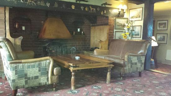 The Pepper Box Inn: Fire place