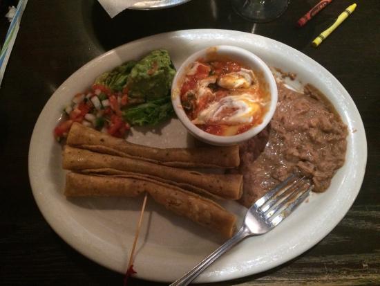 El Fenix Famous Mexican Restaurant: Flautas lunch special. $8.99