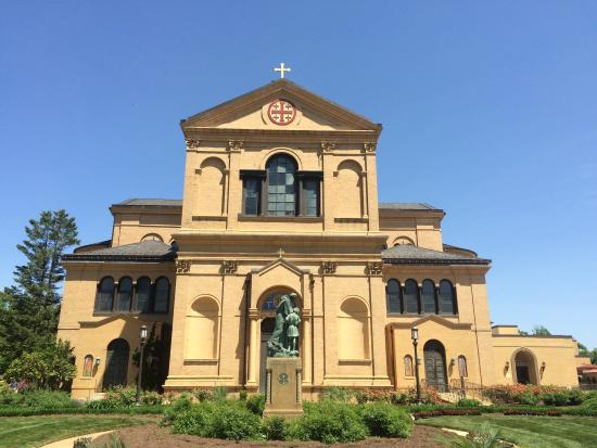 Franciscan Monastery of the Holy Land: outside