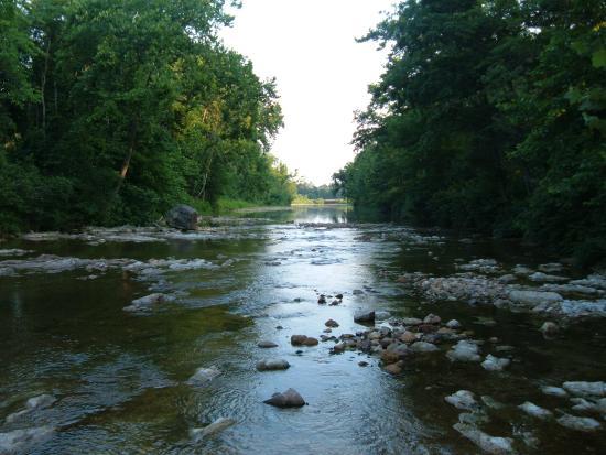 Annapolis, Миссури: Big Creek at Big Creek RV Park