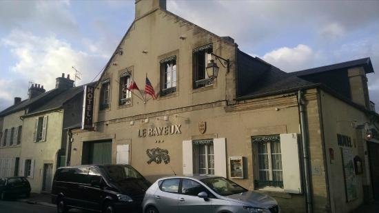 Hotel Le Bayeux Street View