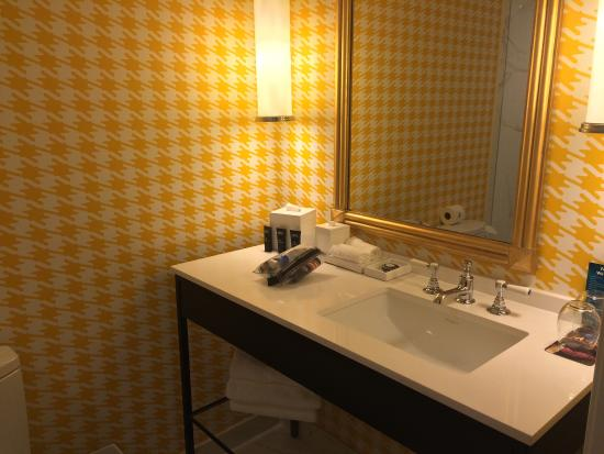 Interior - Kimpton Hotel Monaco Pittsburgh Photo