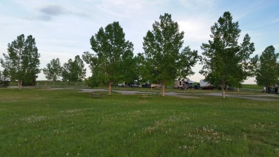 Calaway Park RV Park and Campground : View of other campsites (not full service sites)