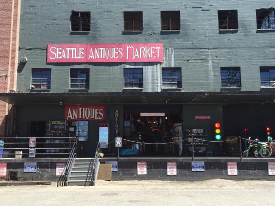Seattle Antiques Market