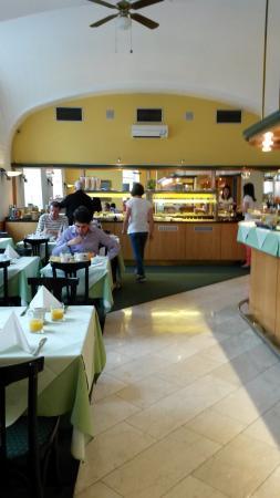 Best Western City Hotel Moran: На завтраке