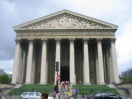 Eglise de la Madeleine : Церковь святой Марии Магдалены. Парижане ласково называют Мадлен