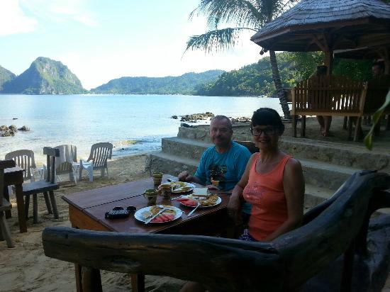 Завтрак в Orange Pearl Beach Resort