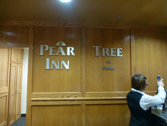 Pear Tree Inn Lafayette: La réception.