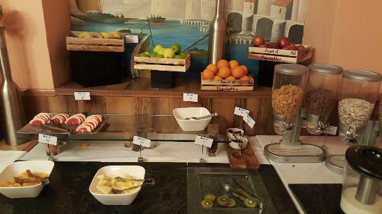 Buffet Petit Dejeuner Picture Of Henry Viii Hotel London