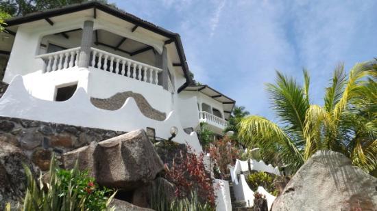 Lazare Picault Hotel: Hotelgelände - Bungalow