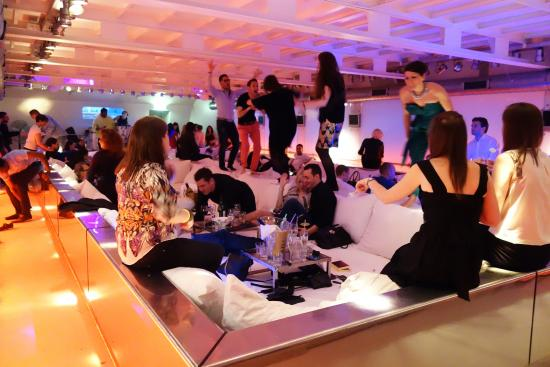 Supperclub Cruise Amsterdam: Dinner night turned into party night