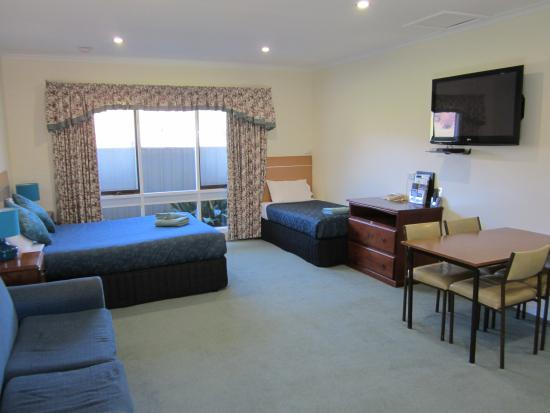 Snowgum Motel: Family Suite