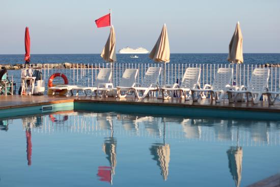 Photo of Hotel Mayola San Bartolomeo al Mare
