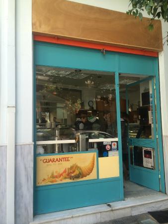 Photo of Mediterranean Restaurant Guarantee at Βεικου 41, Athens, Greece
