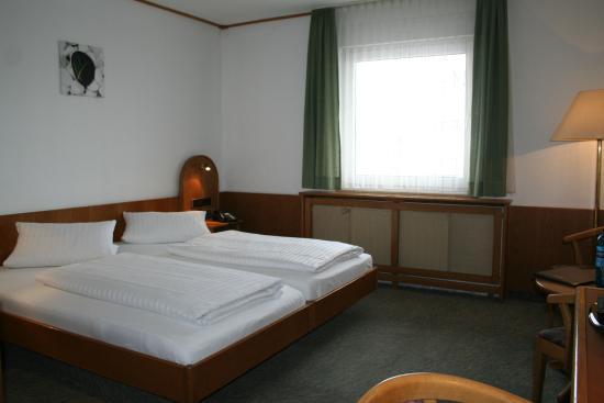 Erzhausen, Германия: Zimmer