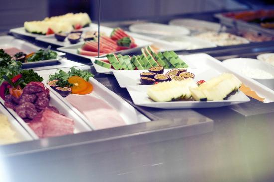 Quality Hotel Augustin : Breakfast